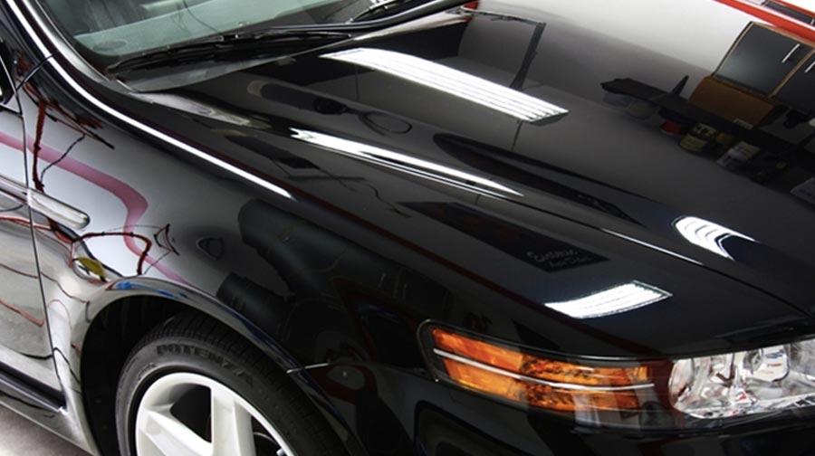 Черный авто полироль